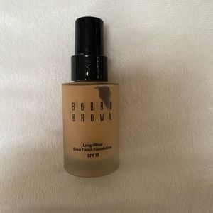 Bobbi Brown Even Long-Wear Even Finish Foundation